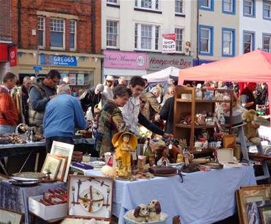 Beccles Antiques Street Market