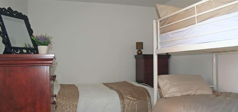 Gooda's Barn - Accommodation - Bedroom