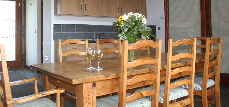 Gooda's Barn - Accommodation - Kitchen