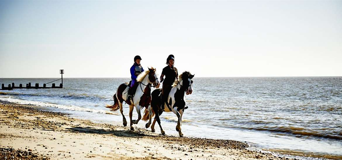 Towns & Villages - Pakefield - Horseriding