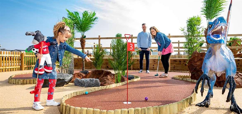WTS - Broadland Sands Holiday Park - Golf