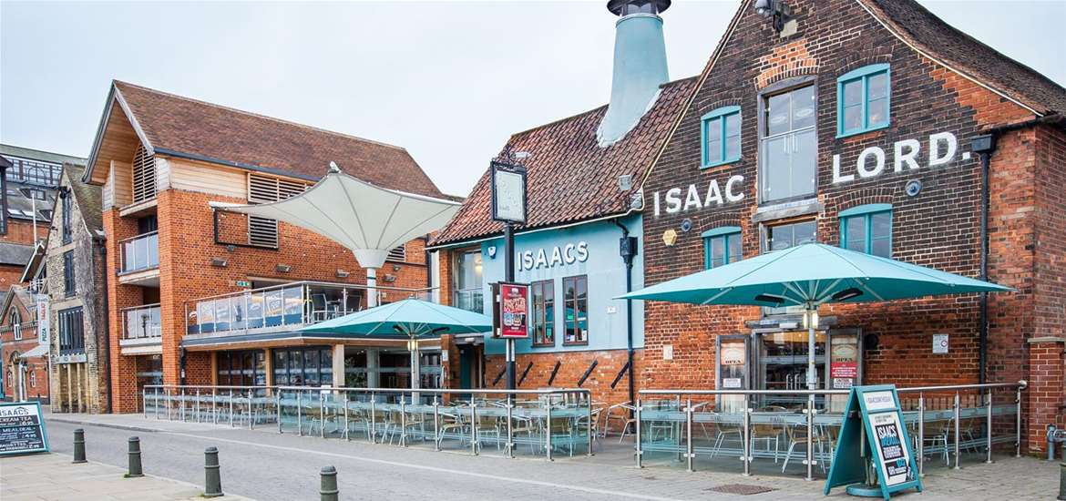FD - Isaacs on the Quay - Exterior