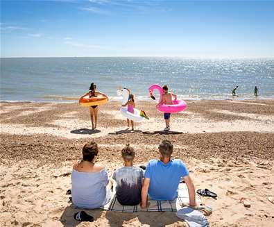 WTS - Park Holidays - Felixstowe Beach