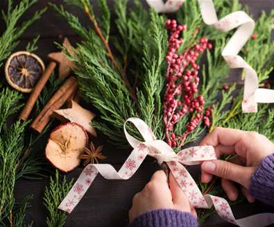 Christmas Garland & Foodie Gifts